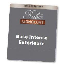 Rubio Base Intense Extérieur en 5L Bois neuf (exotique/dense) : 20-35m²/L (résineux/dense) : 15-20m²/L Rénovation --> (exotique/